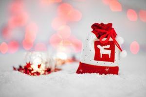 44 przydatne pomysły na świąteczne prezenty dla każdego!