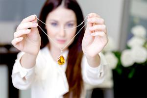Gdzie można sprzedać niechcianą biżuterię?