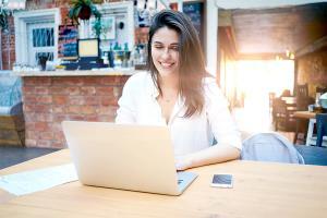 Jak najbezpieczniej płacić za zakupy w internecie?