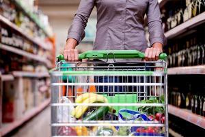 Jak obniżyć koszty związane z kupnem jedzenia?