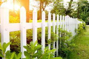 Ogrodzenie domu – jak wybrać to najlepsze?