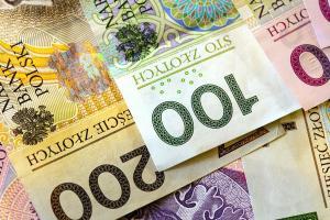 Umowa pożyczki prywatnej – co w niej zawrzeć?