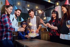 Urodziny – w domu czy w lokalu?