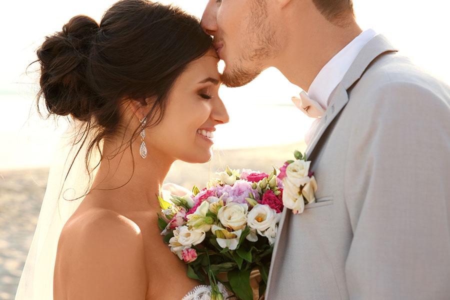 Jak zorganizować tani ślub i wesele?