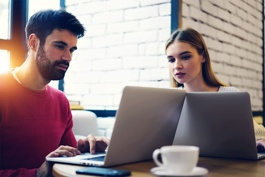 Kupujemy laptop – jak wybrać najlepszy model?